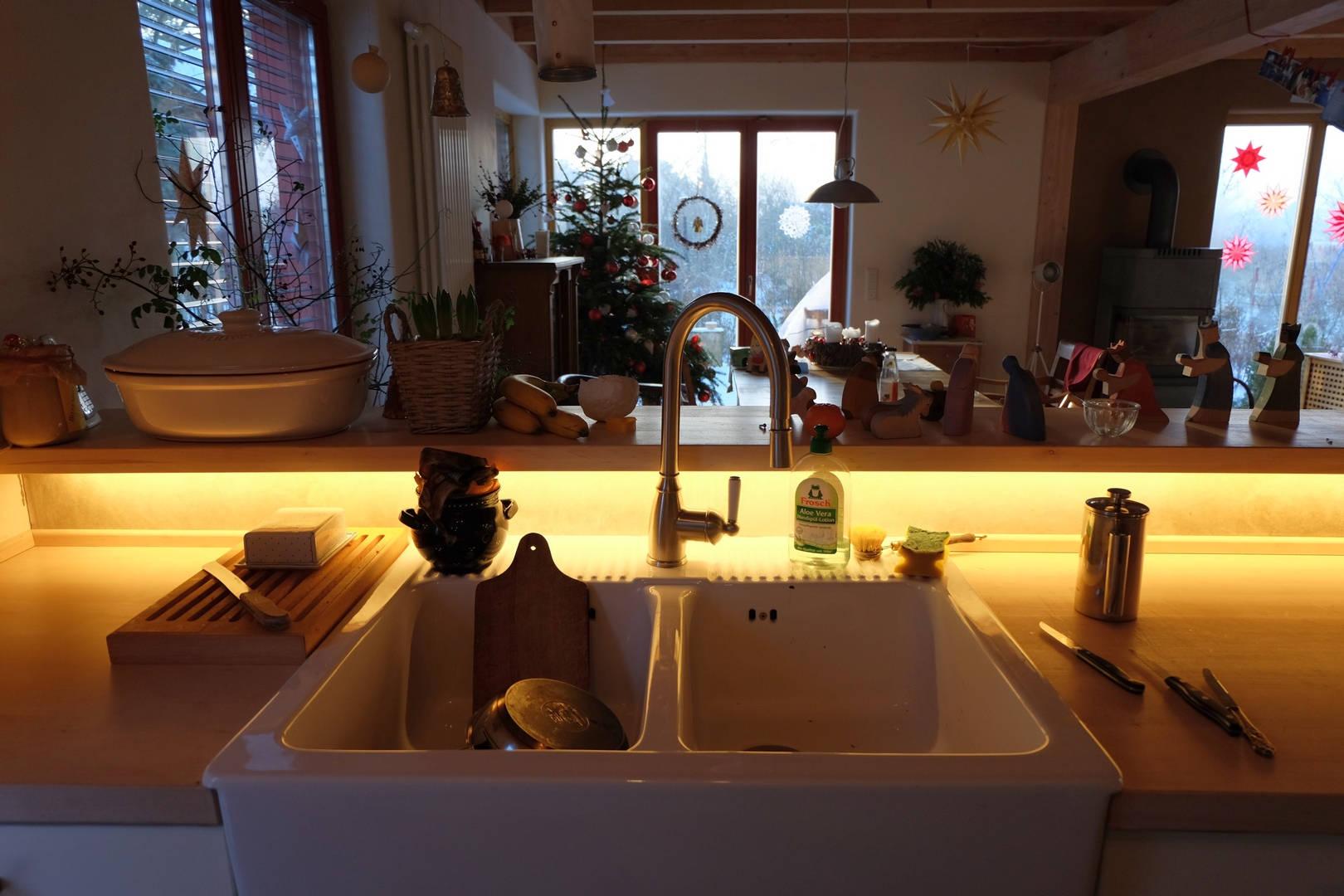 indirekte beleuchtung an wand decke selber bauen. Black Bedroom Furniture Sets. Home Design Ideas